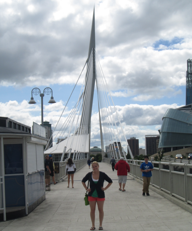 Esplanade Riel walking bridge