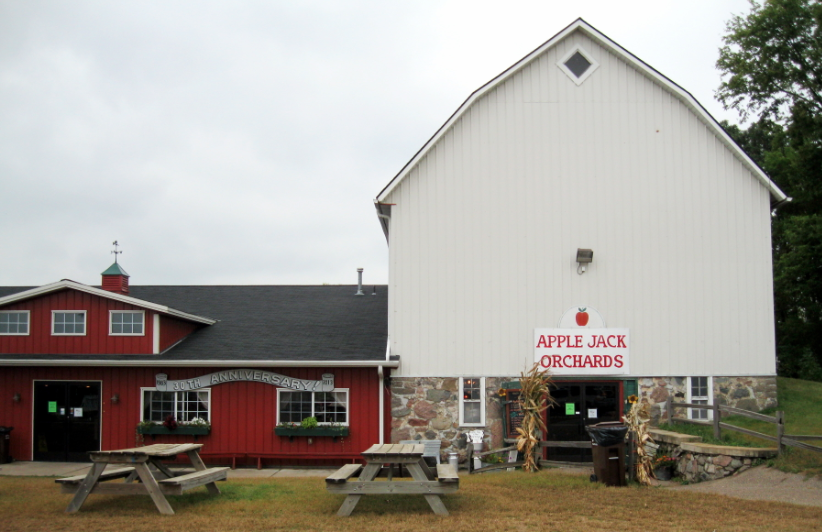 Apple Jack Orchard - Delano