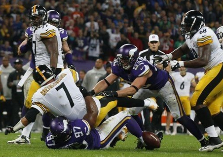 Everson Griffin - London - Vikings - Sack - 2013