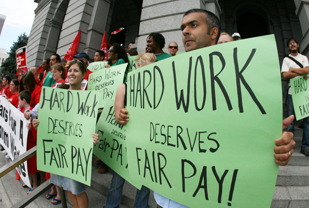 Debunking the Myths of Raising the Minimum Wage - Minnesota Connected