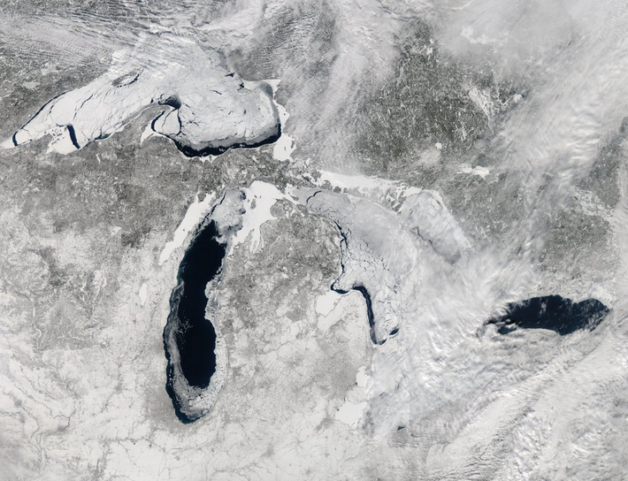 NASA Reveals Amazing Satellite Photo of Mostly Frozen Great Lakes
