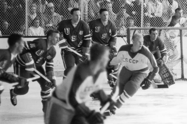The Top 5 All-Time Minnesota Winter Olympians - 1960 Men's Hockey team