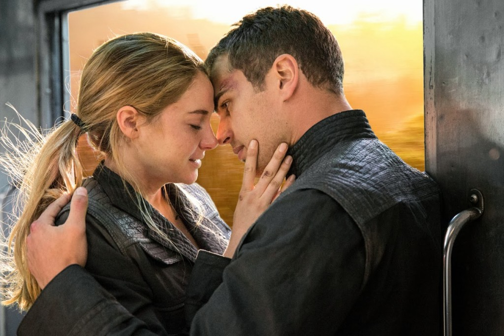 divergent-movie review - MN Connected