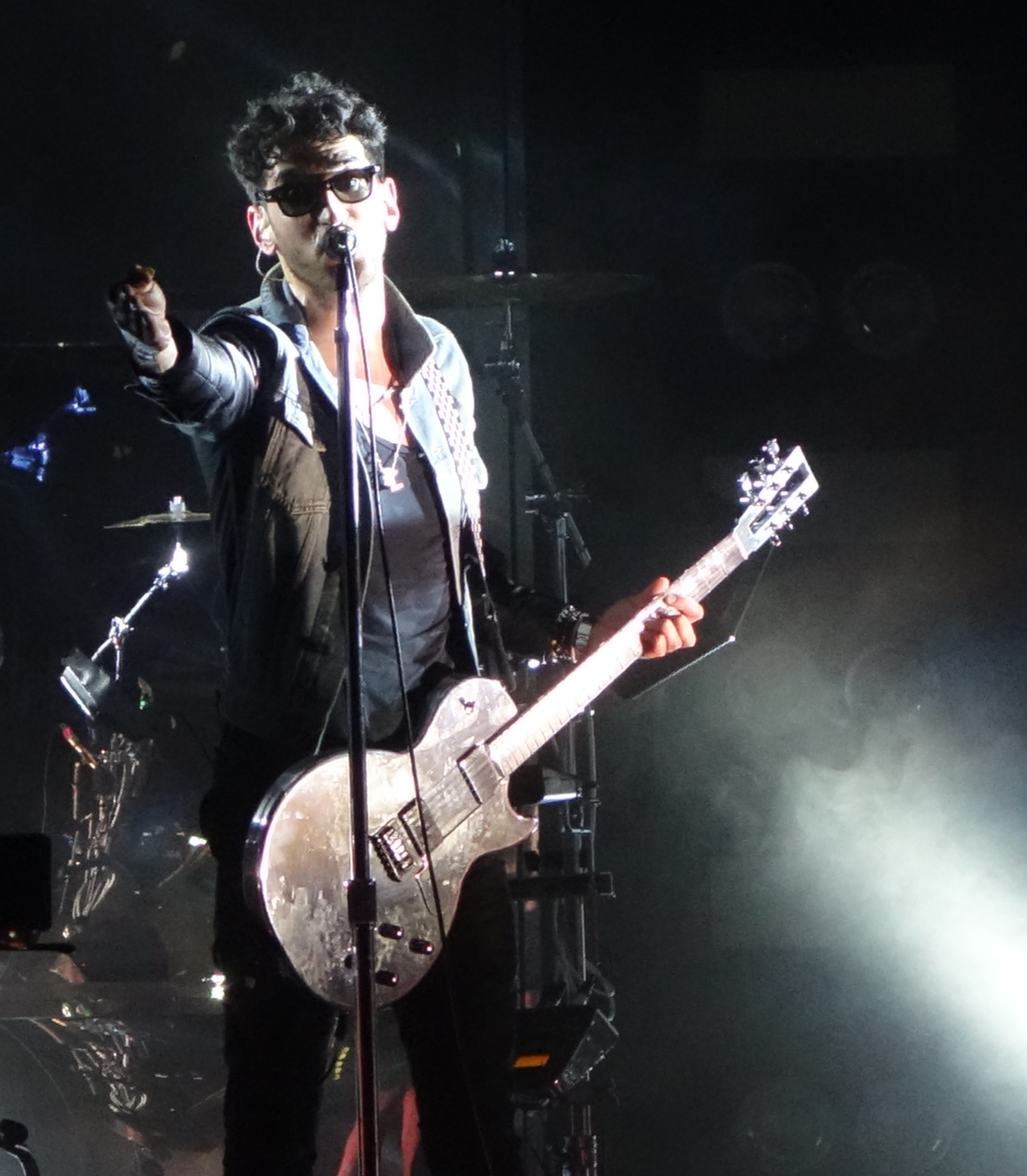 Chromeo-First-Avenue-May-2014-2
