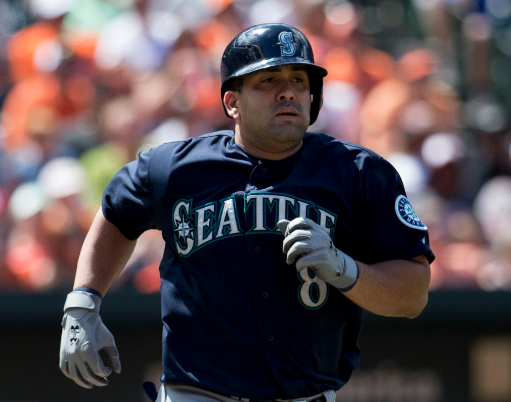 kendrys morales signed by MN Twins - 2014