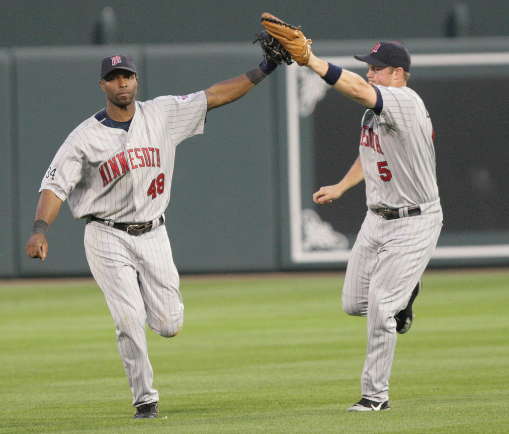 torii hunter retruns to MN