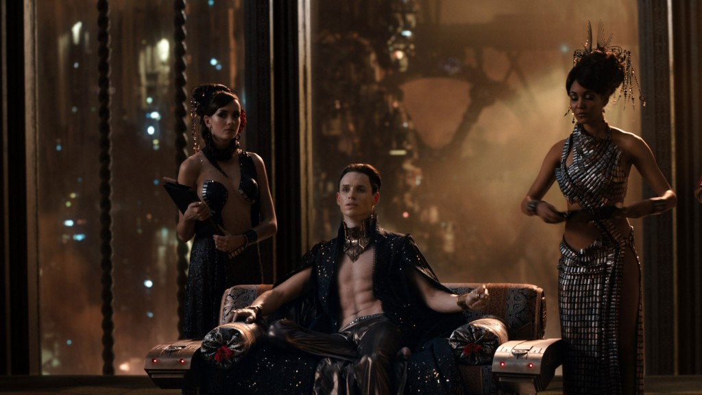 jupiter-ascending-movie review