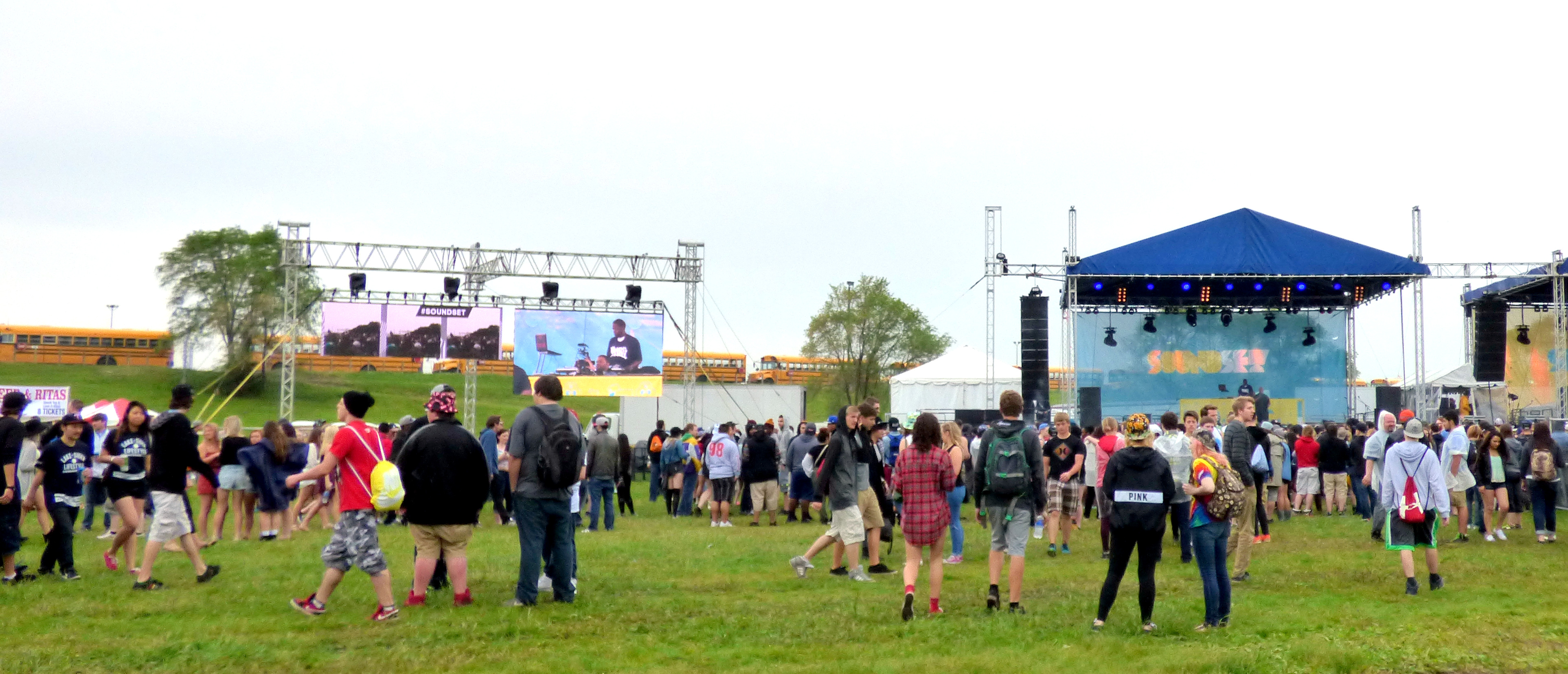 Soundset Crowd (Minnesota Connected)