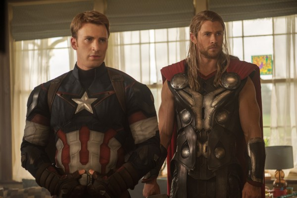 avengers-age-of-ultron-chris-evans-chris-hemsworth1-600x399