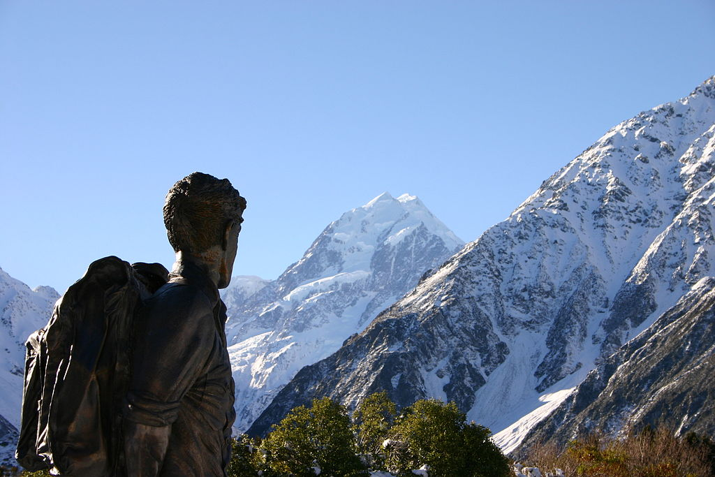 A statue of Hillary gazing at his favorite peak, Mount Cook.